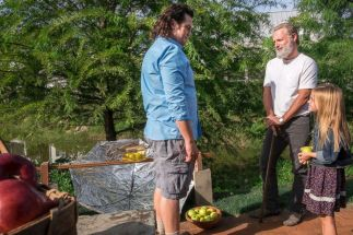 the-walking-dead-5-amc-thg-180226_3x2_992