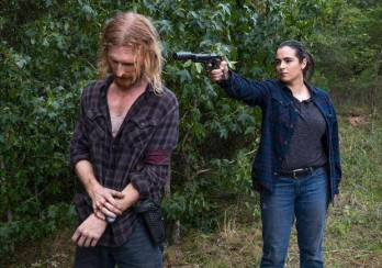 the-walking-dead-episode-11-tara-dwight